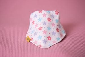 lovely daisy print bandana bib