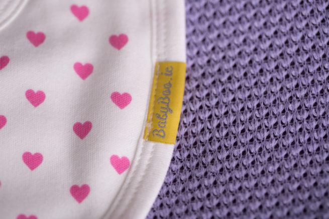 pink hearts newborn bib