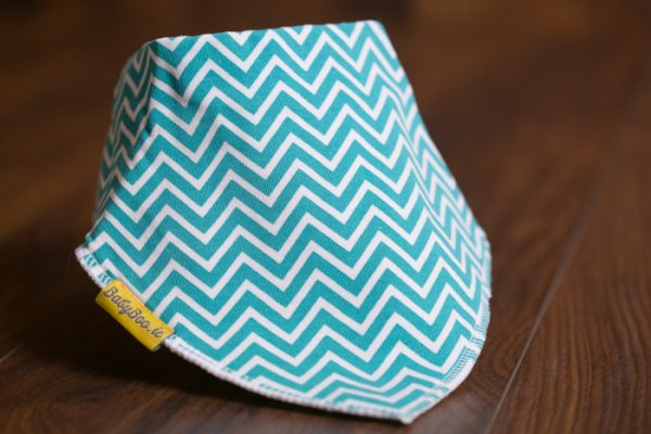 Sea green zigzaggy bandana bib