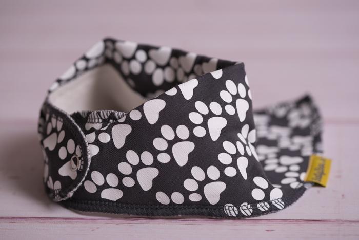 grey puppy paws bandana bib