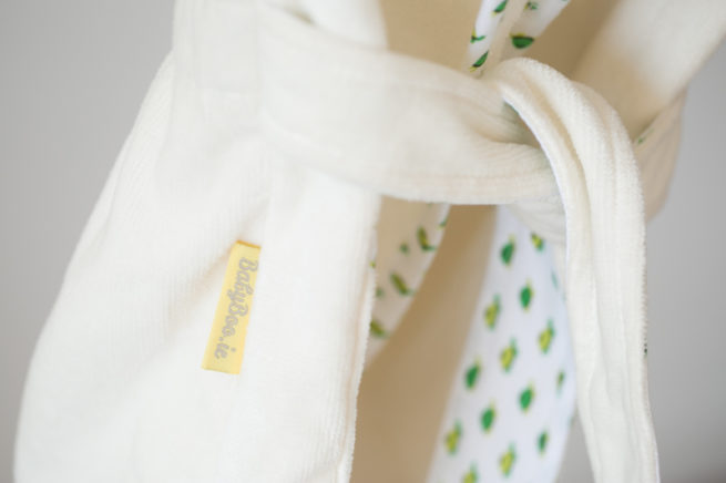 Cream turtles organic cotton robe - belt detail