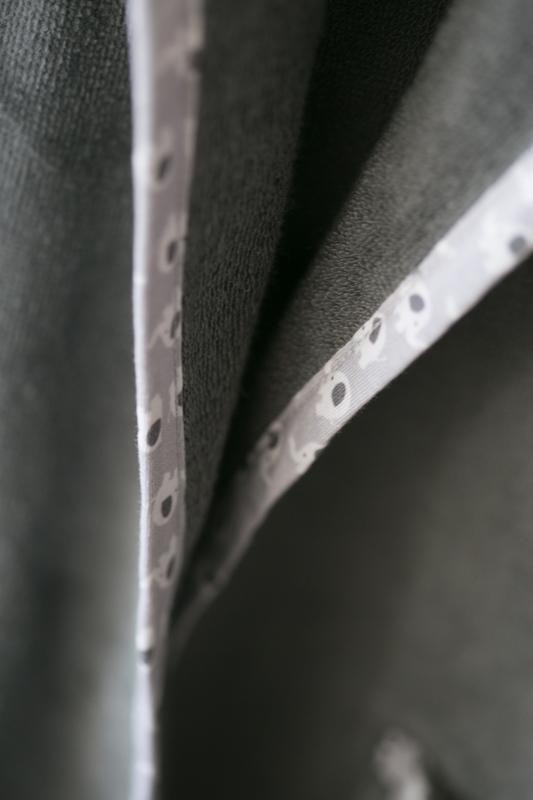 Grey ellie organic cotton robe - piping