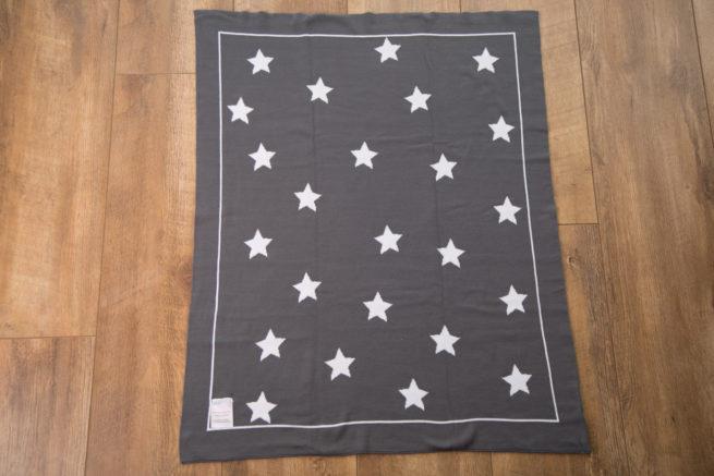 Grey stars organic cotton blanket