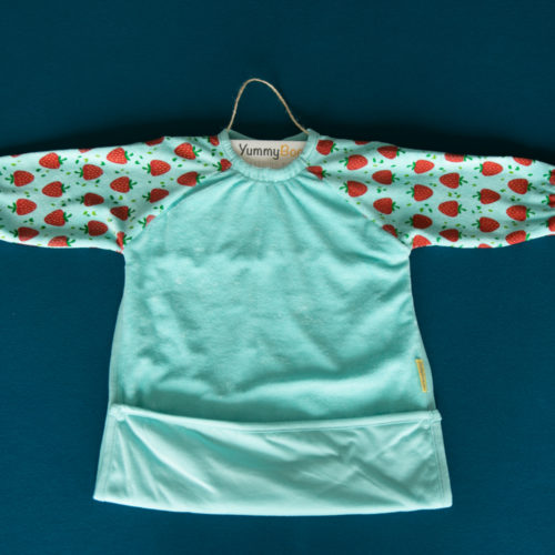 Turquoise strawberries yummyboo feeding bib