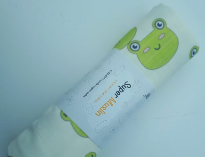 Frogs super square muslin