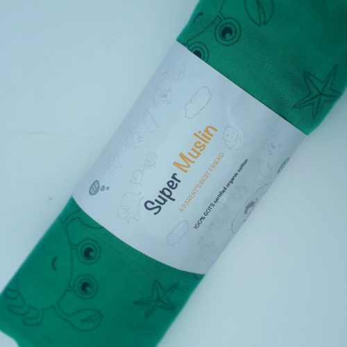 Green seaside themed super square muslin