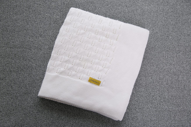 Pure white organic cotton BlankieBoo blanket
