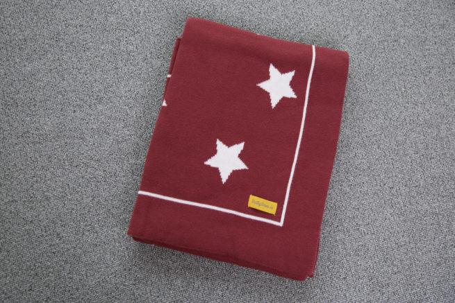 Maroon stars organic cotton BlankieBoo blanket