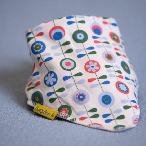 Scandinavian dribbleboo bandana bib